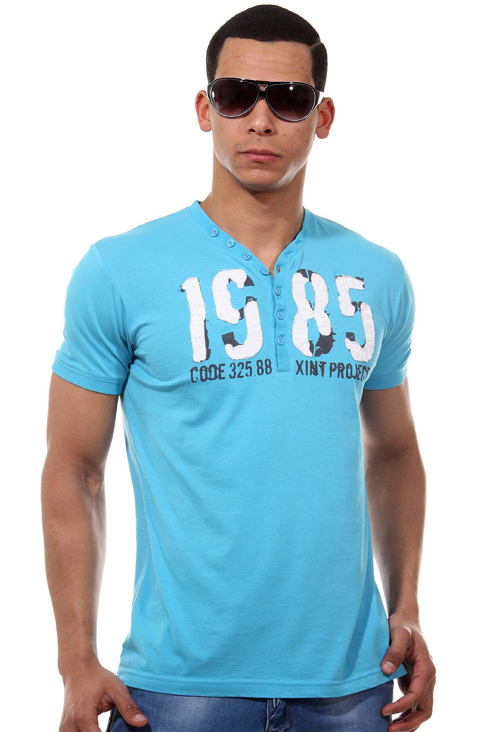 XINT t-shirt v-neck at oboy.com