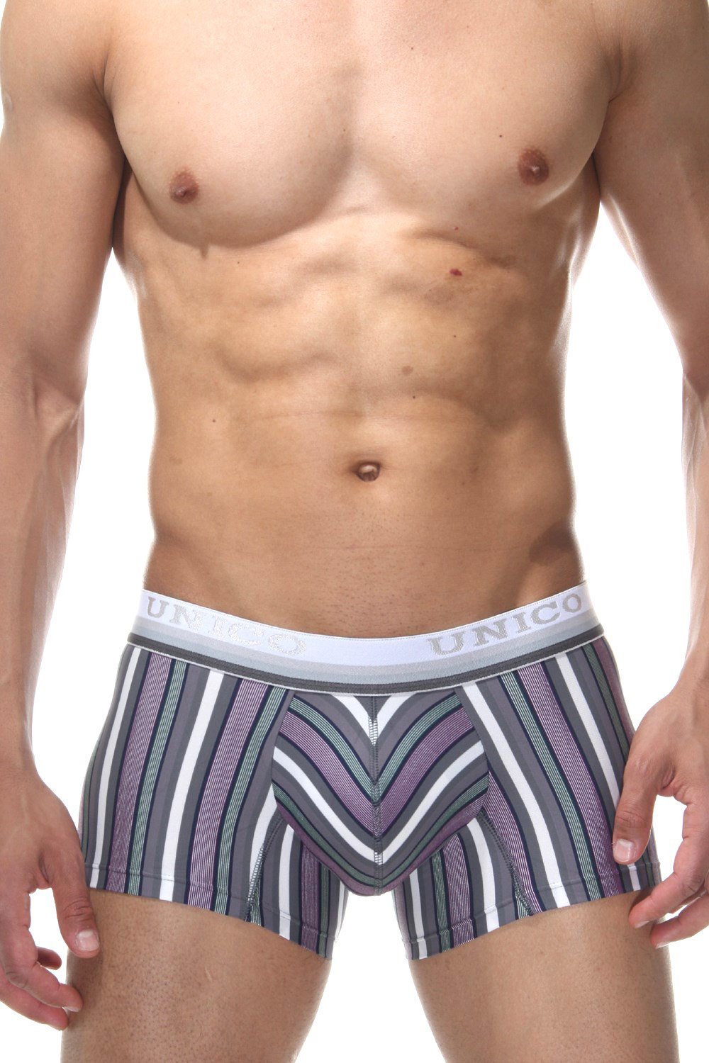 MUNDO UNICO SHORT SANSCRITO trunks at oboy.com