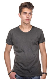 JENERIC t-shirt r-neck regular fit at oboy.com